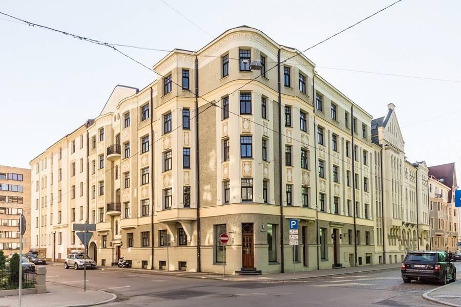 Tiek izīrēts dzīvoklis vēstniecību rajonā, Rīgā!